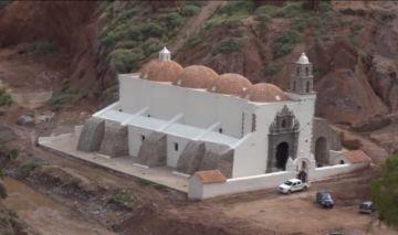 Gobernación de Potosí entregó la restauración del templo de San Salvador de Salinas de Yocalla
