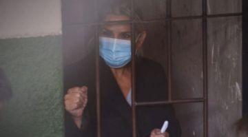 Añez tiene infección renal, médicos del Gobierno niegan su traslado al hospital e iniciaron el tratamiento en la cárcel