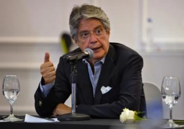"""Lasso nombra a mujeres en gabinete social y promete """"cero femicidios"""" en Ecuador"""