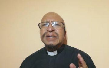 El padre Miguel Albino reflexiona sobre la persecución a la Iglesia