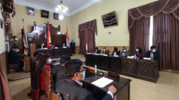 Concejales determinan suspender la sesión para las 16:00 horas de hoy