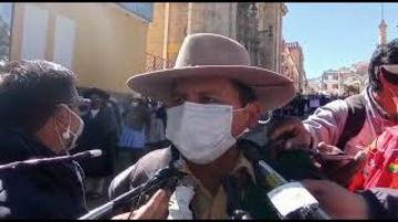 Vecinos de Huachacalla marchan contra los avasallamientos