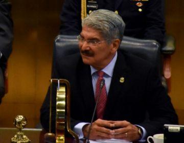 Ordenan detención de exdiputado de El Salvador acusado de negociar con pandillas