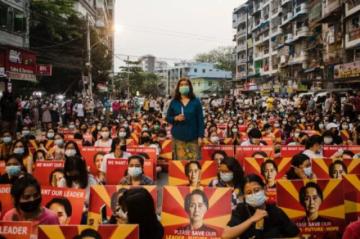 Tres mujeres lideran la resistencia contra la Junta en Birmania