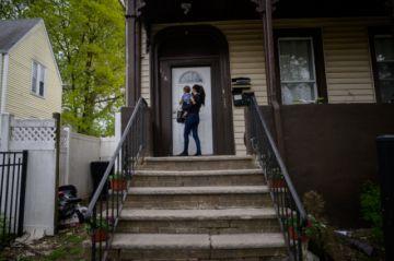 Un mes después de su llegada a EEUU, inmigrantes se topan con una dura realidad