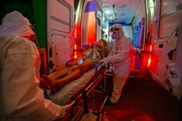 Brasil suspende la vacunación de embarazadas con AstraZeneca