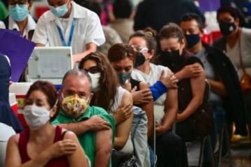 México solicita a EEUU un nuevo préstamo de vacunas anticovid de AstraZeneca