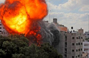 Israel intensifica bombardeos en Gaza y aumentan disturbios en varias ciudades