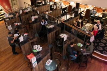 Con el desconfinamiento, restaurantes británicos buscan personal desesperadamente
