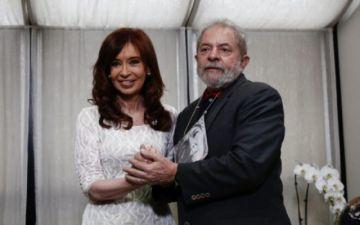 Cristina Kirchner y Lula abogan por renovar la política y reconstruir unidad latinoamericana