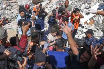 Bombardeos israelíes matan a 42 palestinos en Gaza