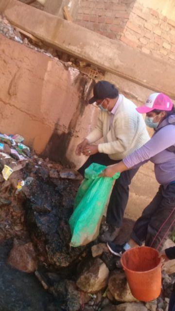 El alcalde encara campaña de limpieza en Tarapaya