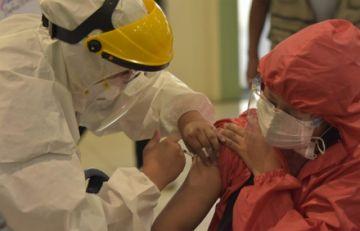 Ministerio de Salud: la primera dosis no produjo ningún efecto adverso severo