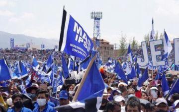 Evo Morales anuncia congreso del MAS por cambios al estatuto y aplicar más disciplina interna