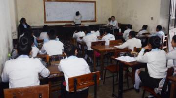 Ministerio de Educación prevé que con la vacunación a maestros se ingrese a clases presenciales en el tercer trimestre