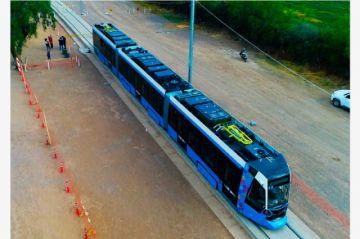 Cochabamba: Perfilan para septiembre pruebas finales de líneas roja y verde del Tren Metropolitano