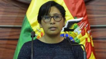 Eva Copa a Evo Morales: no podemos tratar de pandilleros a las nuevas generaciones que piensan diferente