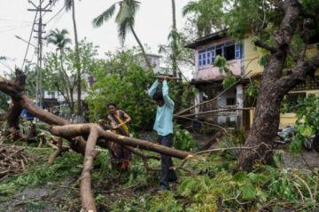 Otro ciclón amenaza a India tras el paso del Tauktae, que dejó al menos 110 muertos