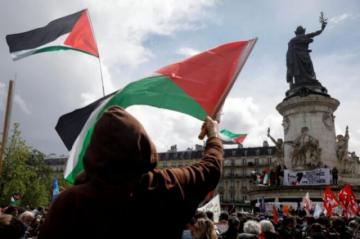 Miles de personas manifiestan en Francia en apoyo a los palestinos