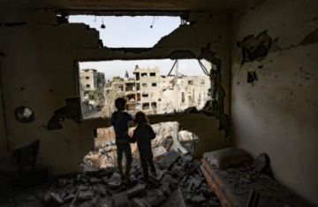 Los bombardeos israelíes traumatizan y aterrorizan a los niños de Gaza