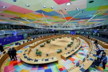 """Los países de la UE respaldan la """"rápida implementación"""" de un certificado sanitario"""