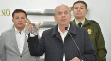 Activan 19 alertas migratorias para dar con las personas vinculadas a Arturo Murillo