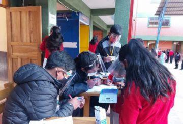 Destacan participación estudiantil en elecciones de unidades educativas