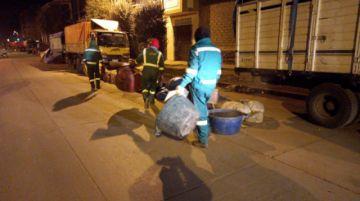 EMAP realizó trabajos de barrido y recolección de residuos sólidos de madrugada