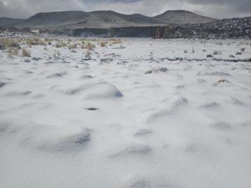 Vea las imágenes de la nevada en Quetena Chica