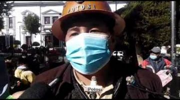 Cooperativistas afirman que cerca de 20 mil personas trabajan en el Cerro Rico de Potosí