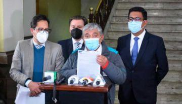 Oposición repudia retención de fondos al municipio paceño; Gobierno aclara que 99,8% de recursos están habilitados