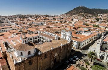 Sucre restringe horarios de circulación y prohíbe eventos sociales hasta el 18 de junio