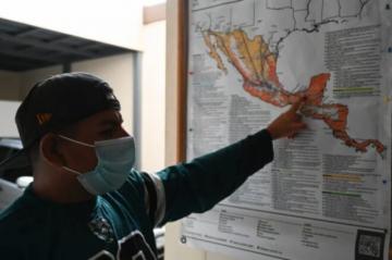 Mientras llegan soluciones, migrantes en Guatemala siguen con la meta de llegar a EEUU