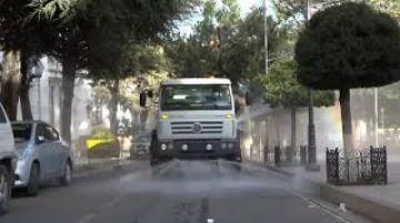 Desinfectaron las calles en la jornada de encapsulamiento