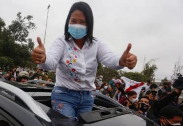 Voto rural reduce al mínimo ventaja de Fujimori sobre Castillo en balotaje en Perú