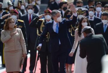 """El presidente de Ecuador se someterá a operación de """"mediana complejidad"""" en EEUU"""