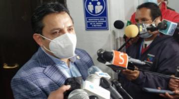 Senador Montero pide disculpas por sesión vergonzosa y acusó al MAS de iniciar la gresca