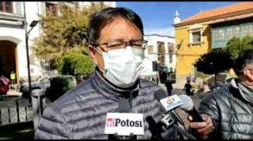 Gonzalo Barrientos critica actitud de violencia en el legislativo