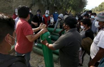 La odisea por una bocanada de aire en una ciudad de Bolivia asfixiada por el covid