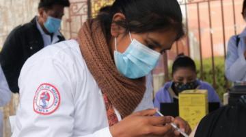 Gobierno califica de política la acción popular para liberar compra de vacunas y debiera ser rechazada