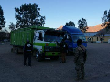 Senasag incautó bebidas de contrabando en un operativo