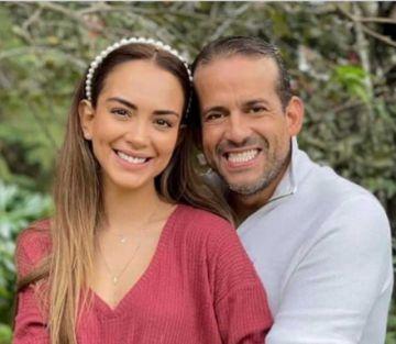 Camacho confirma que su novia recibió la vacuna anticovid pero porque es personal de salud