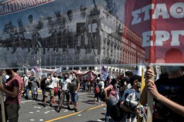 Reportan huelgas y protestas en Grecia contra una ley laboral