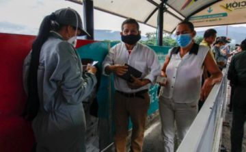 Acnur pide apoyar regularización de millones de migrantes venezolanos en América Latina