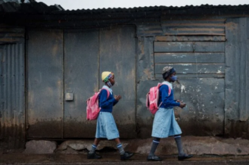 """África, corta de vacunas, vive una tercera ola """"brutal"""" del virus"""