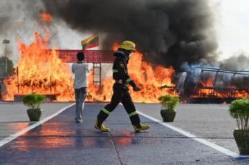 Autoridades birmanas queman droga valorada en más de 500 millones de dólares
