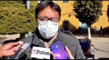 Exparlamentario Barrientos cuestiona vacunación gubernamental