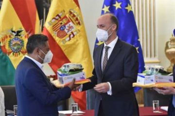 Llegarán a Bolivia respiradores, insumos y medicamentos donados por España