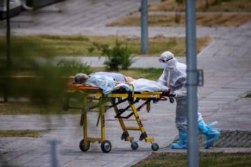 Casos de covid aumentan en Europa, que puede sufrir una nueva ola