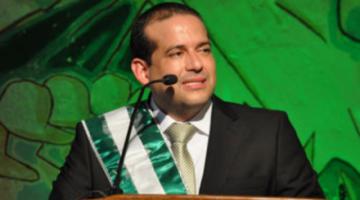 Fiscalía admite denuncia contra el gobernador de Santa Cruz por entrega de pruebas vencidas